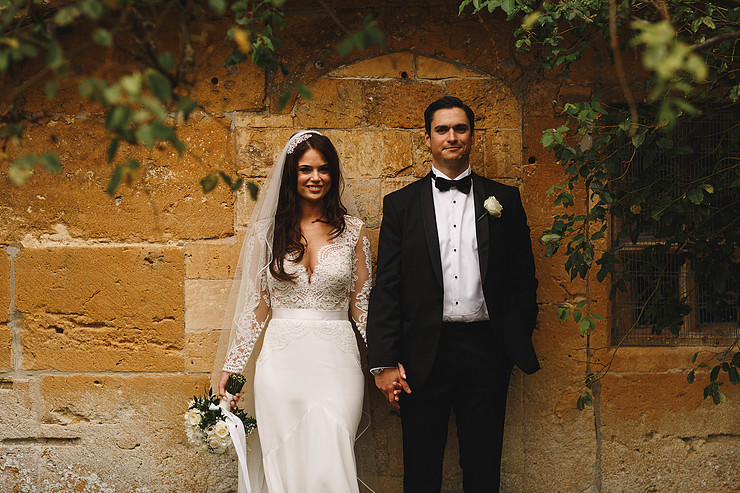 Breathtaking & stylish castle wedding in the Cotswolds | Sweetpea & Blossom